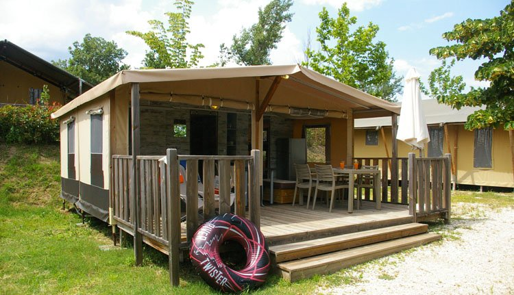 Norcenni Girasole Club - Gusto Lodge